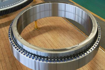 What is a tapered roller bearing?